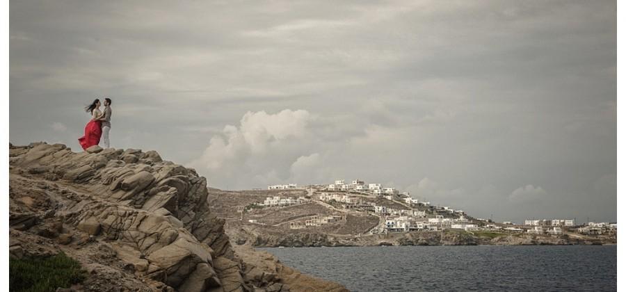 a pre-wedding in Mykonos island !